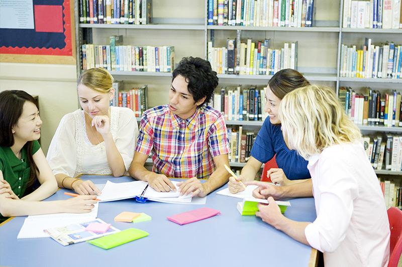 インターンシップ+語学プログラム